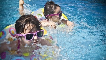 Water safety swimming child skill learning featured image