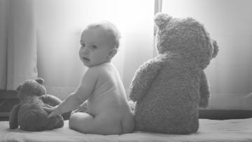 babychildinfanttoddlerkidchildrenplaylovelifehappysmilemomdadmotherfatherfamilytoysleepfeaturedimage