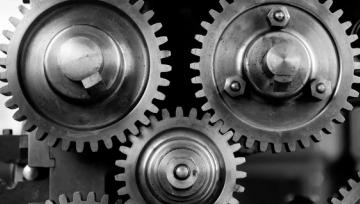 gearselectronicstechnologyworkmovechangegearsmetalsilverfeaturedimage